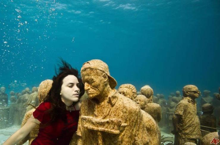 Musa Museum – पानी के अंदर बना दुनिया का सबसे पहला म्यूजियम
