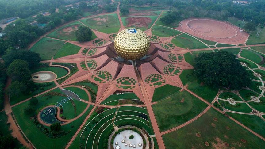 Auroville City- भारत का वो शहर जहाँ रहने के लिए पैसों की नहीं जरुरत